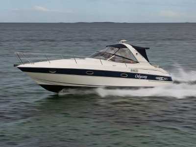 Bavaria Sport 32 - Fully serviced and polished