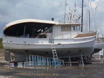 Custom Cruiser Trawler price just droped $5000!!!!