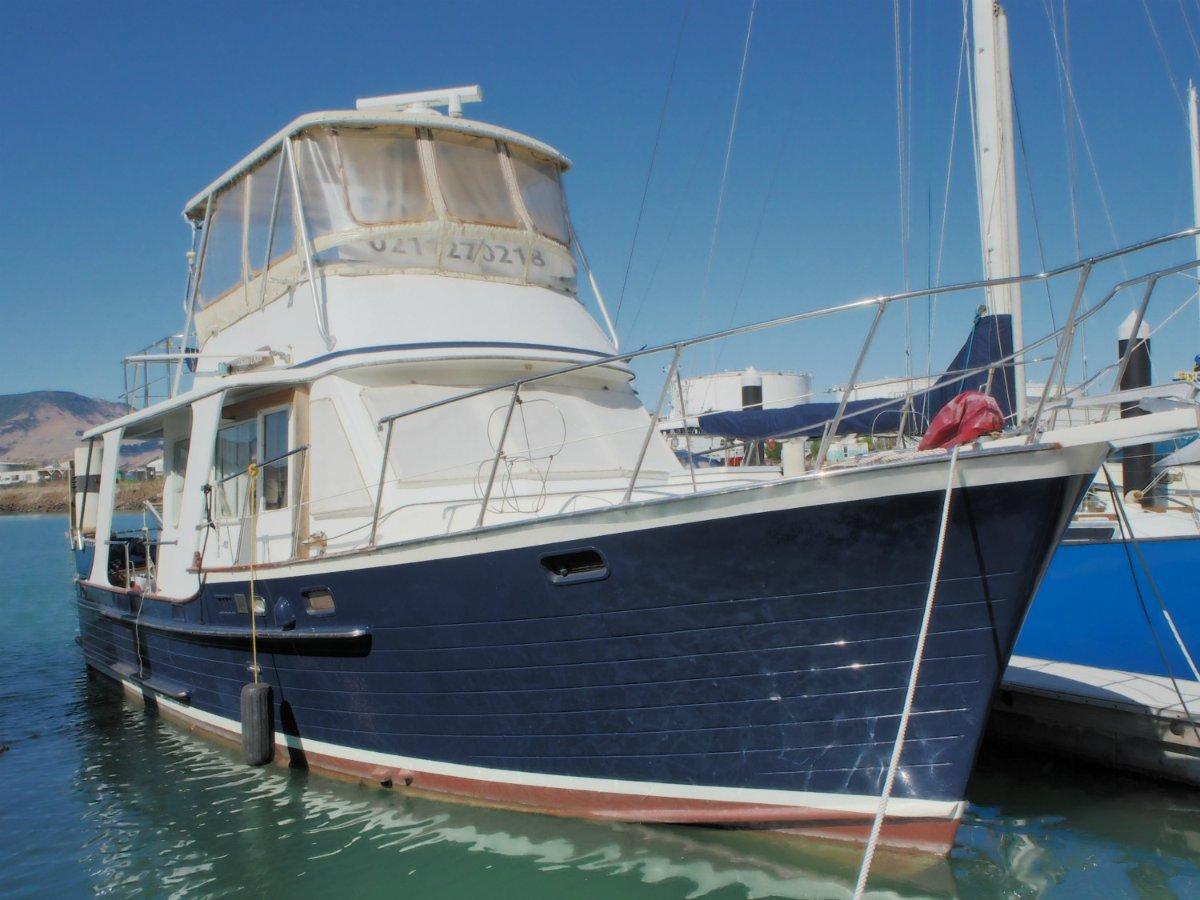 Halvorsen 36 Island Gypsy Cruiser