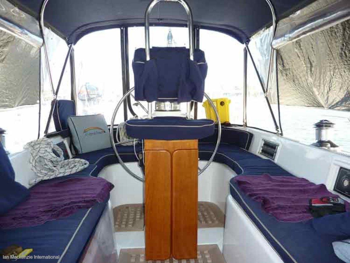 Hylas 46 Performance Cruising yacht