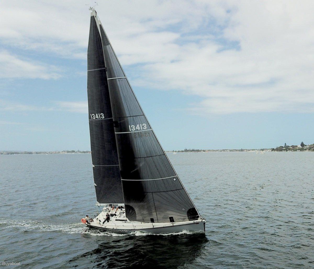 Vismara V43 Racing/Cruising Yacht