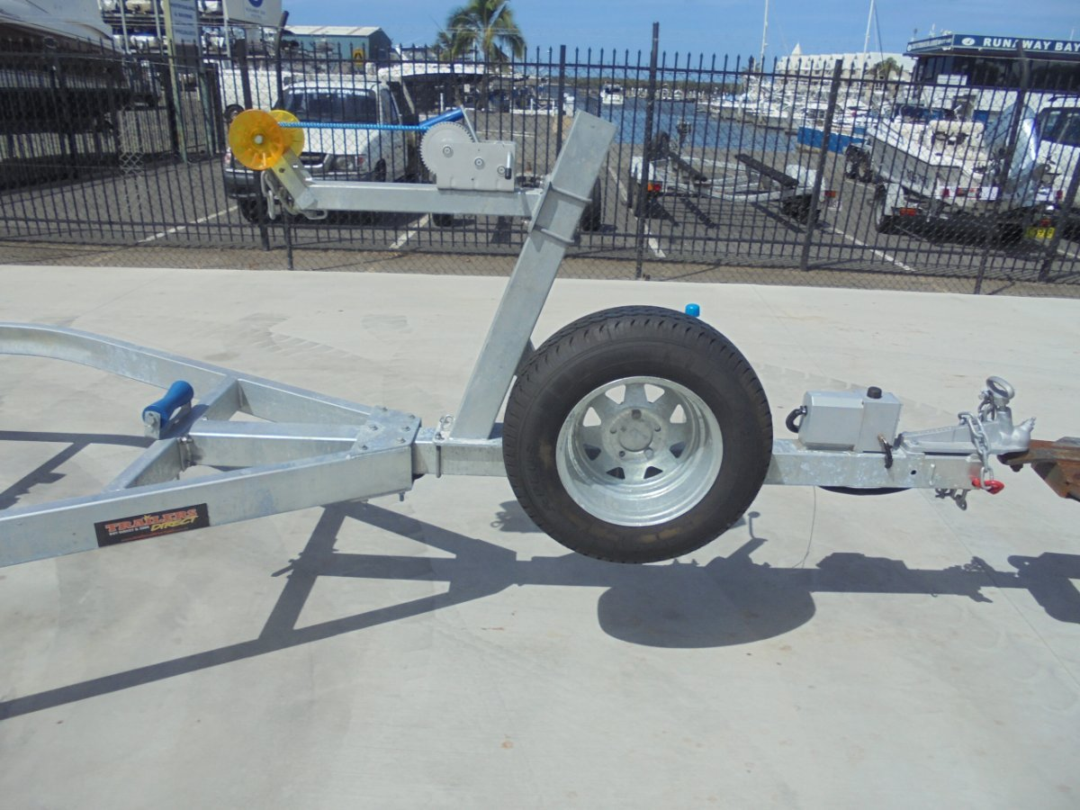 USED BOAT TRAILER SUITS 21 - 23