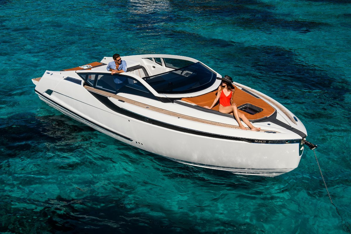 Fairline F-Line 33 ONE OFF SPECIAL!