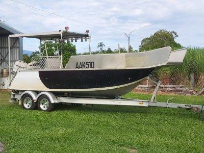 Mission Majic 6m speedboat
