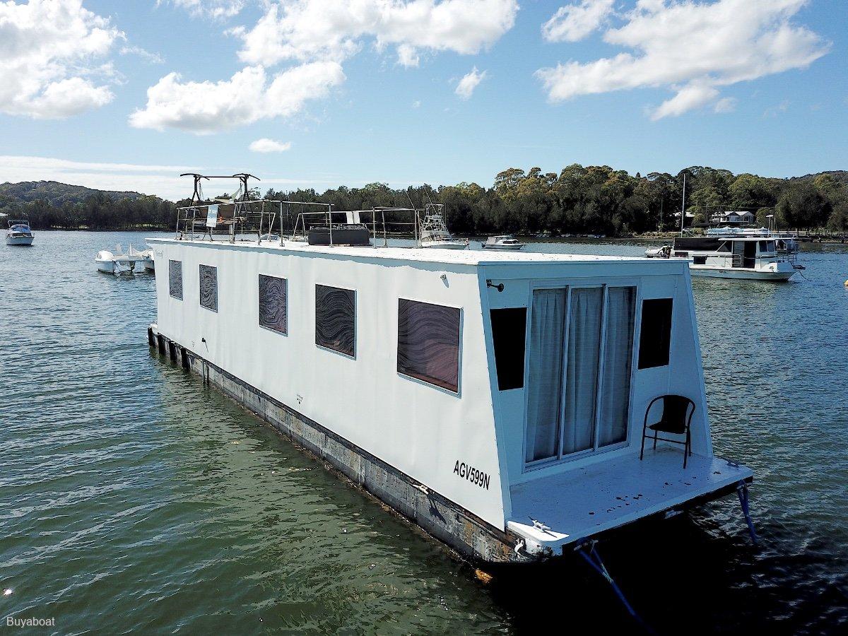 Custom 55 House boat