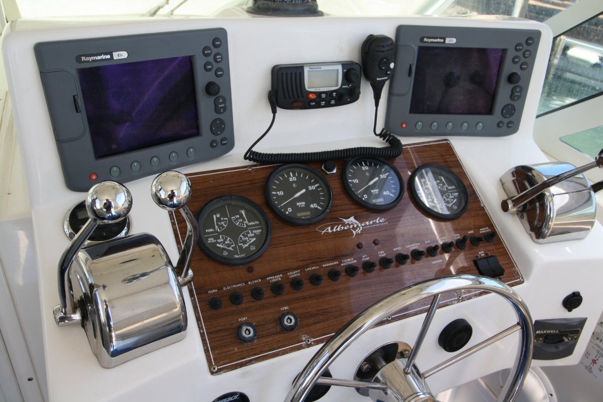 Albemarle 280XF Shaft drive Yanmars!