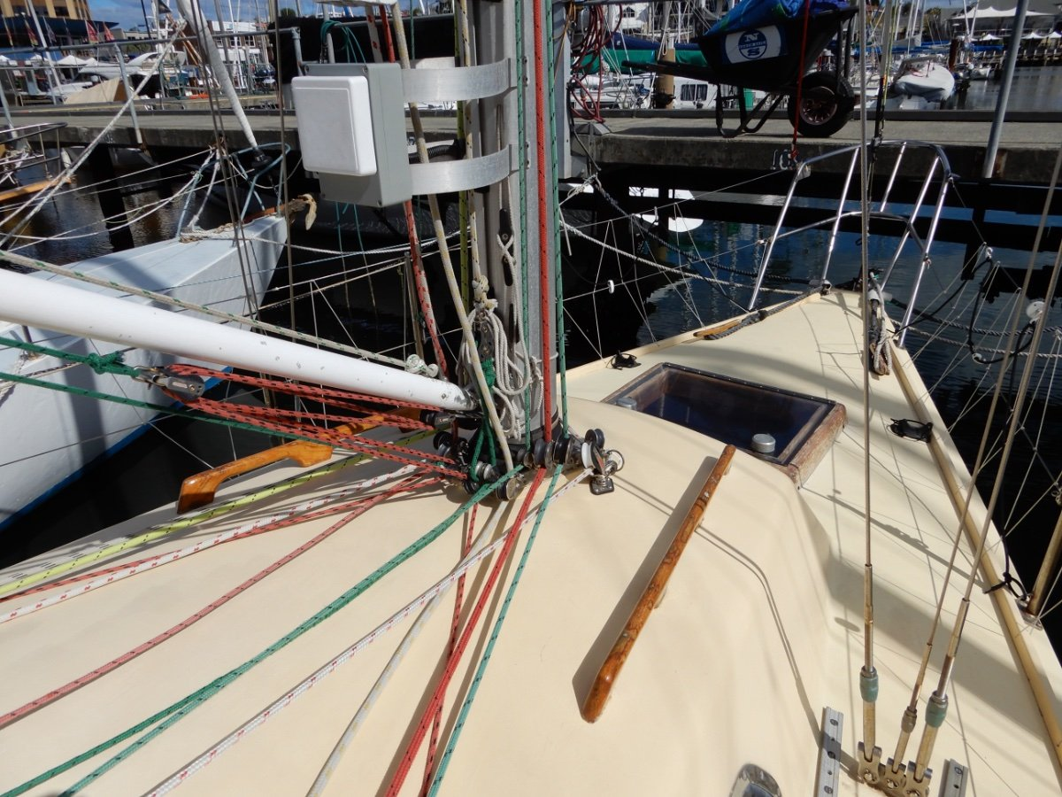Dubois 31 COMPETITIVE RACER IN EXCELLENT CONDITION