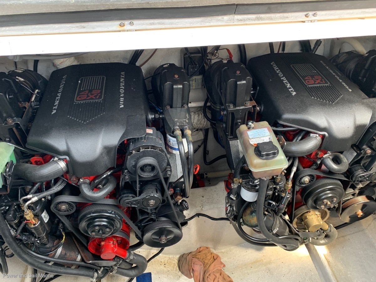 Mustang 3200 Sportscruiser Immaculate engines, coming soon...