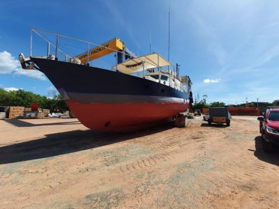 Steel commercial fishing boat/licence/quota