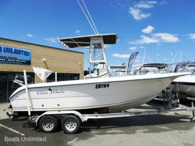 Sea Fox 210 Walkaround OFFSHORE FISHING RIG FOR SOFT RIDE
