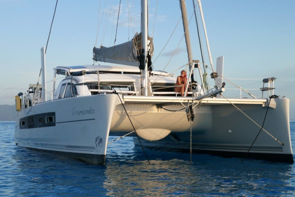 Catana 42 Owners Version