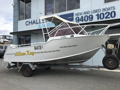 Seaquest 520 Runabout