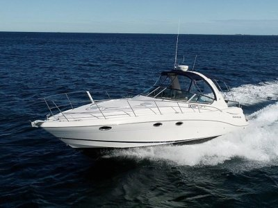 Four Winns Vista 348 **** Packed with fantastic features ****