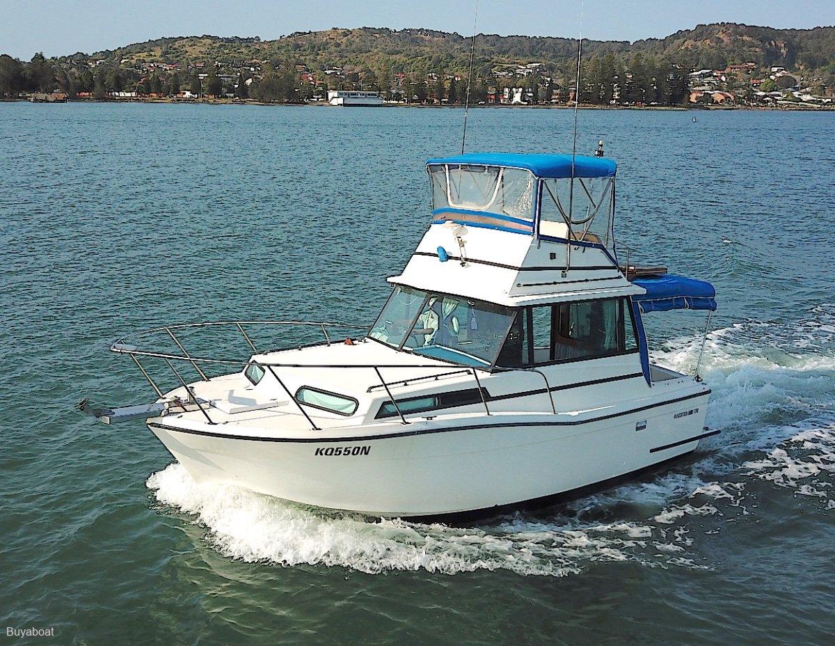Kingston 770 Flybridge 25