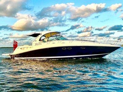 Sea Ray 425 Sundancer- Click for more info...