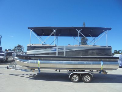 Runaway Bay Pontoon Boats 22 Twin Hull