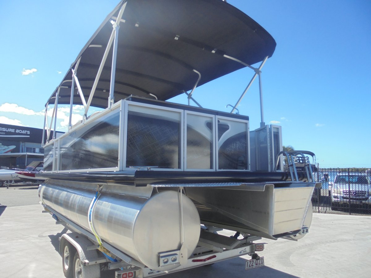 New Runaway Bay Pontoon Boats 22 Twin Hull
