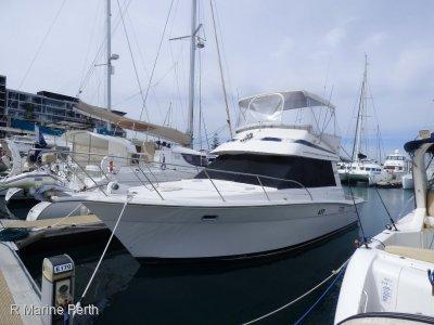 Riviera 33 Bluewater