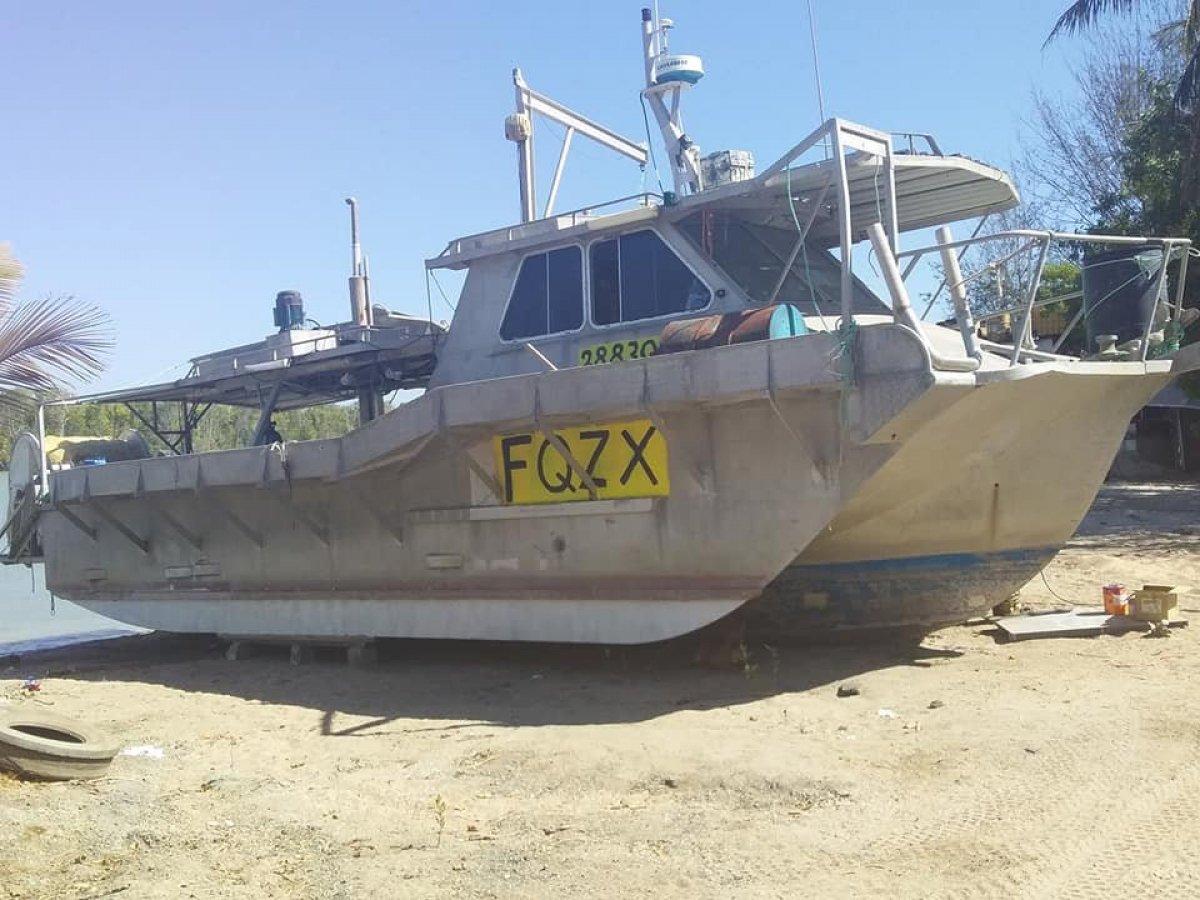 Aluminuim commercial fishing tri-hull Mary-Ellen