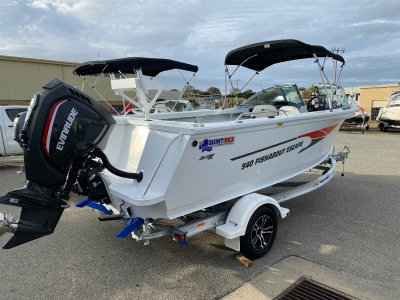 Quintrex 540 Fishabout Escape 2020 Evinrude G2 140HP - Full of FREE Features