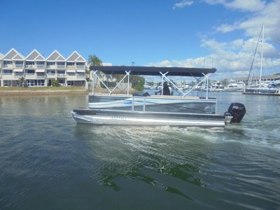 Runaway Bay Pontoon Boats 22 Twin Hull - 2019 MY Demo Boat