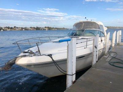 Sea Ray 340 Sundancer Shaft drive, new genset, new manifolds & risersDEC