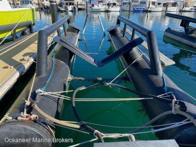 MarineScapes DryBerth(TM) Air Dock Berth Boat Lifter