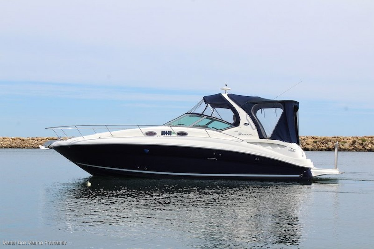 Sea Ray 355 With Bow Thruster