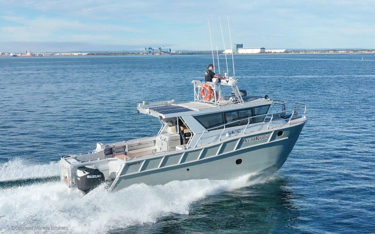 Denis Walsh Expedition 30 Catamaran Truck & Trailer Package