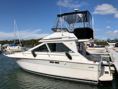 Sea Ray 30 Flybridge