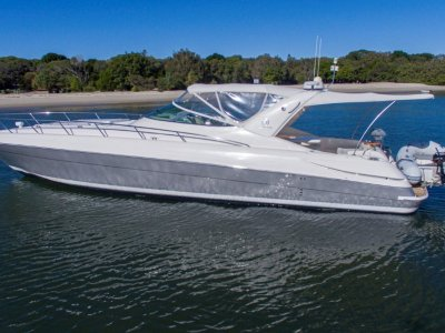Riviera M430 Sports Cruiser - Sixth last boat built & 1 of 8 with Volvo D6s
