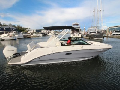 Sea Ray 250 SDX OB Bowrider