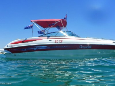 Crownline 240 LS Immaculate condition with optional sea pen