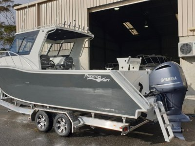 Preston Craft 820 Thunderbolt