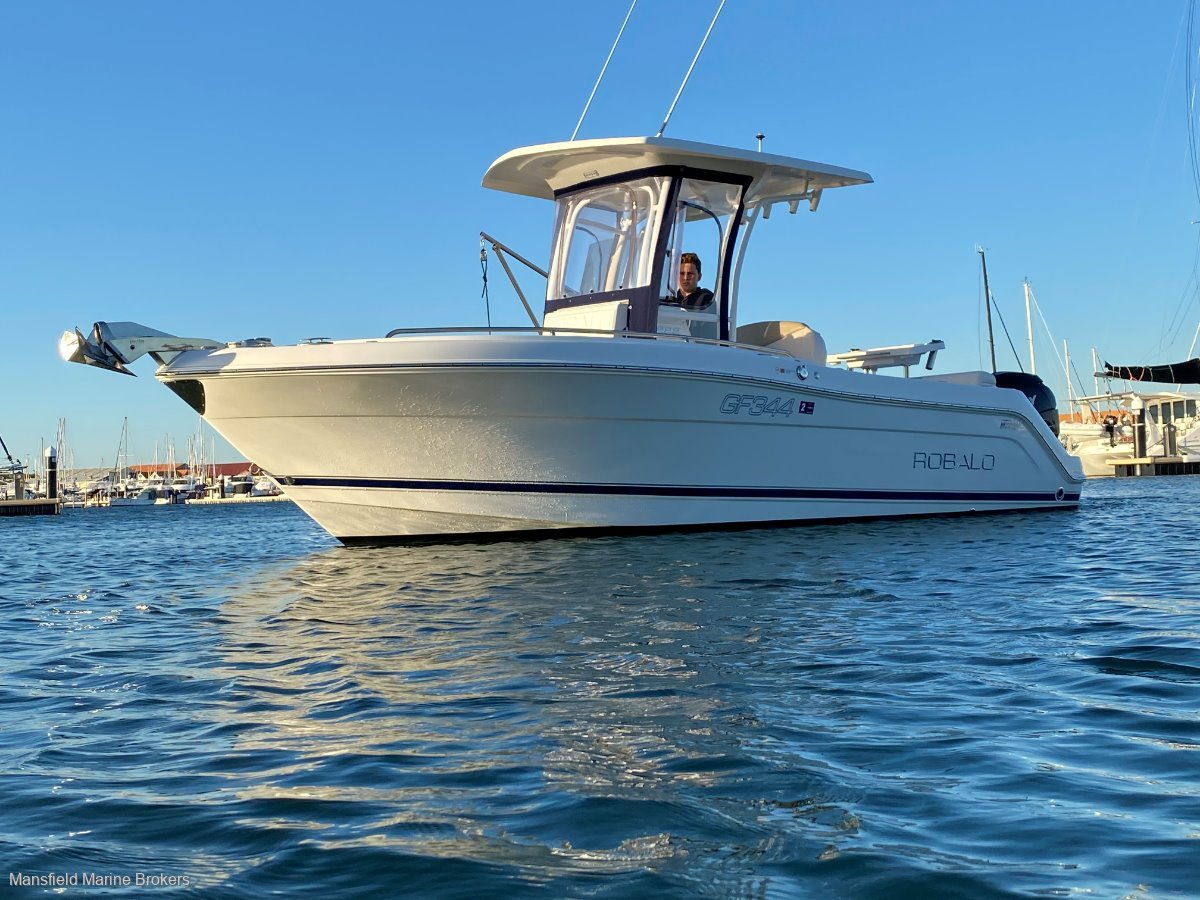 Robalo R222:Ready for a new crew!