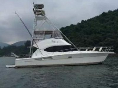Riviera 45 Flybridge Well kept boat, available in Hong Kong.