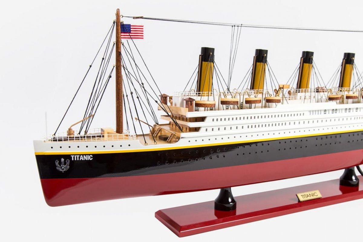 RMS TITANIC HAND MADE REPLICA MODEL BOATS