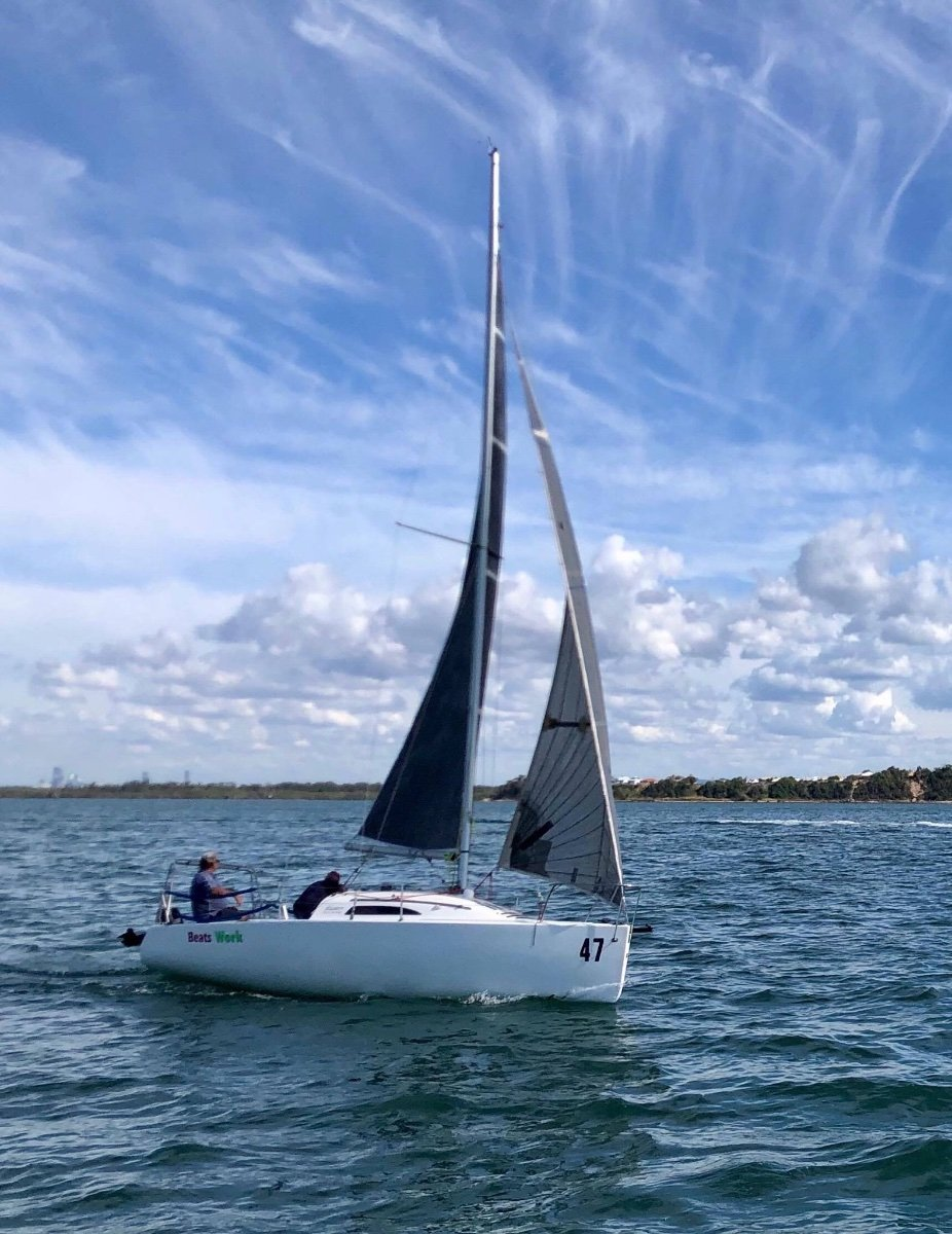 Elliott 770 Quick and easy to sail