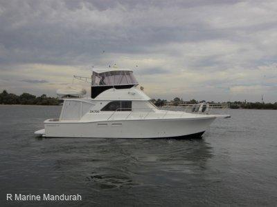 Caribbean 40 Flybridge Cruiser *** DEFINITELY ONE TO LOOK AT *** UNDER OFFER **