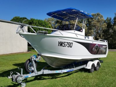 Horizon Procraft 570 Centrecab / Walkaround