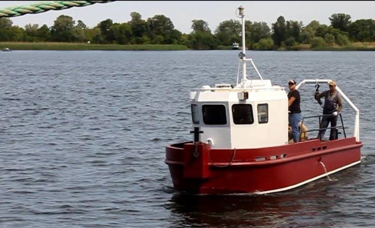 9.75m Tug Boat