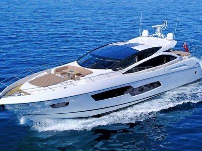 Sunseeker Predator 80 Yacht M/Y LIMITLESS
