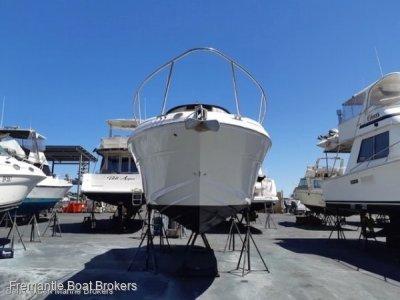 Sea Ray 315 Sundancer **NEW ENGINE**