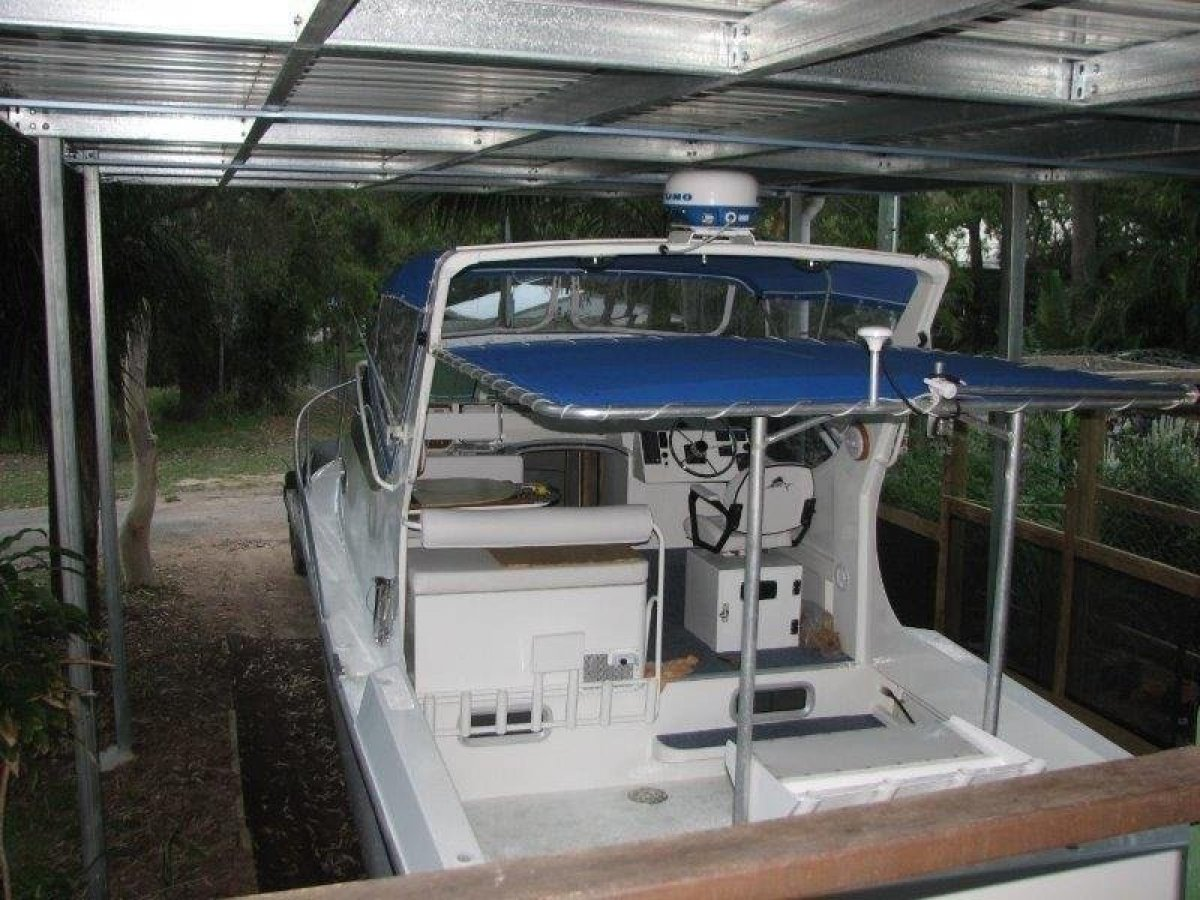 Cairns Custom Craft Bridge Deck 8000 Series Deep Sea Bridgedeck