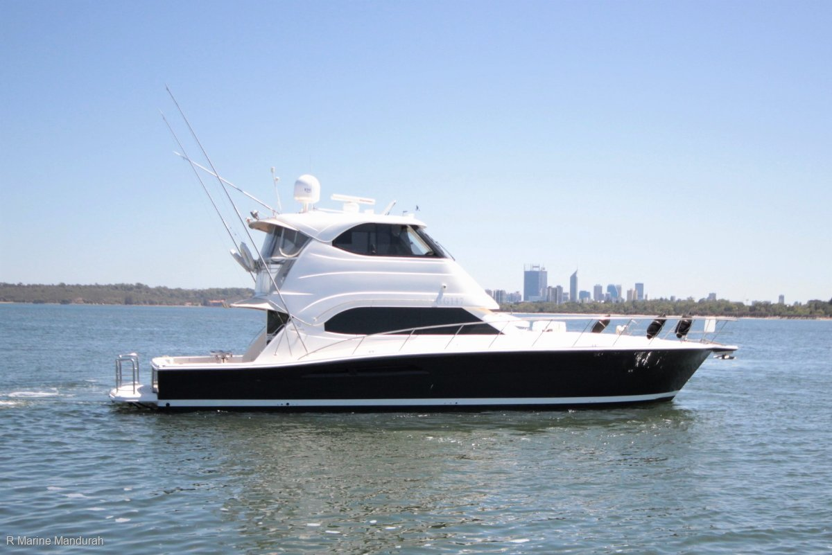 Riviera 51 Enclosed Flybridge *** POWERED BY Cat C18's ***