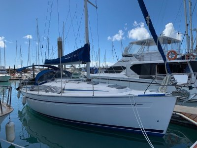 """Bavaria Cruiser 34 """"In The Mood"""" says shes ready for the new owner"""