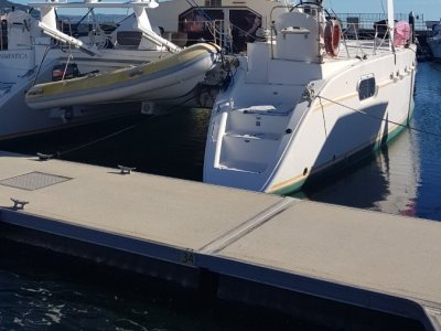 Catana 471 2001 Owners version