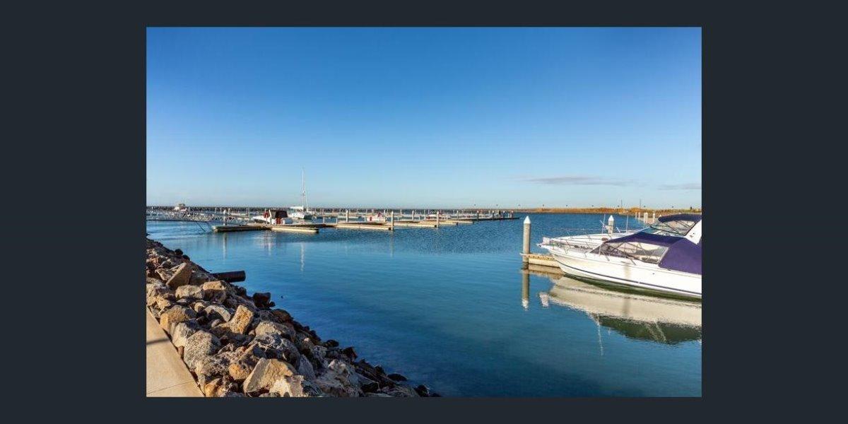 Wyndham Harbour Werribee South