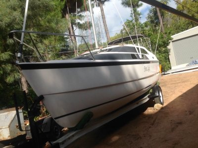 Macgregor 26M One owner boat & trailer presents as new rego 6/21