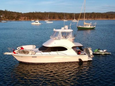 Riviera 37 Platinum IMMACULATE CONDITION, HIGH QUALITY FINISHES